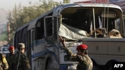 Pamje nga një sulm i mëparshëm kundër udhëtarëve në një autobus në Afganistan