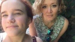 Анастасия Шевченко с дочерью Владой