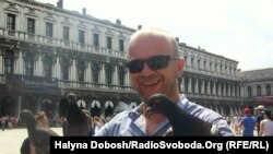 Олексій Саранчук на площі Сан Марко, Венеція, серпень 2011 року