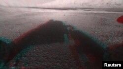 Перше кольорове 3D фото поверхні Марса від Curiosity (фото: NASA)