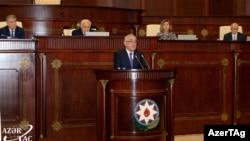 Ali Asadov speaks to parliament on October 8.