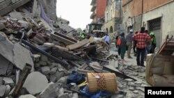 Իտալիա - Երկրաշարժի պատճառած ավերածությունները Ամատրիչե քաղաքում, 24-ը օգոստոսի, 2016թ․