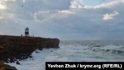 У південній та східній частинах України очікуються пориви вітру