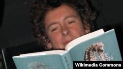 Джанет Уинтерсон во время авторских чтений в Варшаве