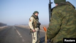 """Сепаратисты """"ДНР"""" вблизи Донецка, 15 февраля 2015"""