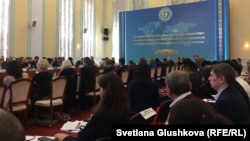 На втором форуме «Превенция пыток совместными усилиями национальных правозащитных учреждений и Национального превентивного механизма». Астана, 26 апреля 2018 года.