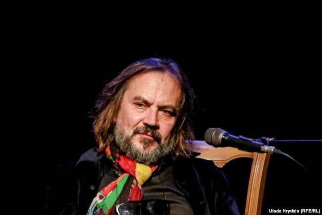 Оскарас Каршуновас