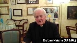 Biskup Komarica: Hrvati nisu ovdje ratovali. Nisu uzimali pušku u ruke, a oni su iskorijenjeni.