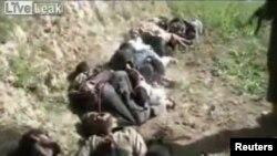 طالبانو پروسږ کال(۲۰۱۱) په جولايي کې هم په دیر کې د فرنټیر کانسټیبلري ۱۳ سرتېري ډېر په وحشت سره ووژل .