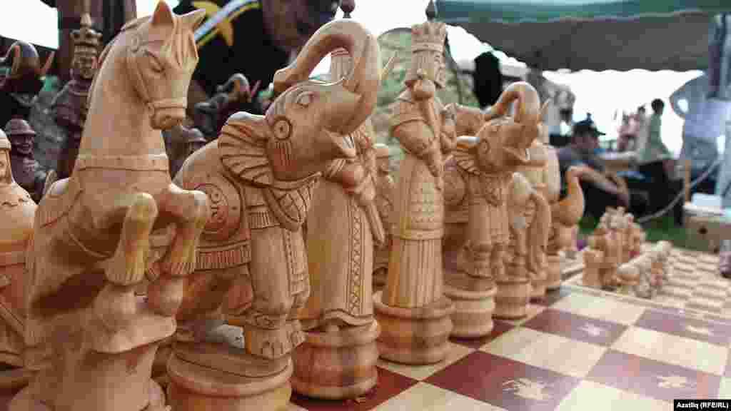 Йөз мең сумлык шахмат