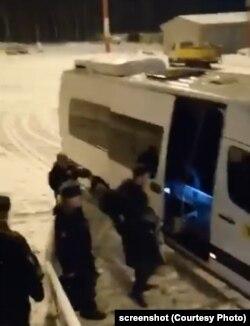 Руслана Шаведдинова увозят в армию
