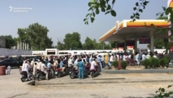 Pakistan Tells Drivers To Stop Hoarding Gasoline Amid Fuel Shortage
