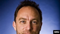 Основатель Википедии Джеймс Уэйлс