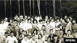 Беренче татар яшьләре көннәрендә катнашучылар татар язучылары белән