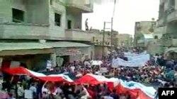 معترضان در تظاهرات روز جمعه در الکثوه