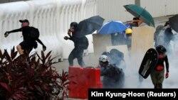 معترضین در هانگ کانگ