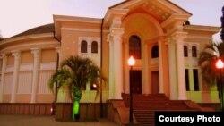В Абхазской государственной филармонии шесть дней демонстрировались 32 документальных фильма, отобранных из 132 работ, представленных на конкурс