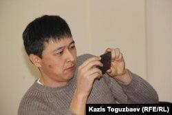 ЖОО оқытушысы, саясаттанушы Талғат Жанысбай. Алматы, 6 ақпан 2015 жыл.