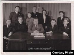 Зь беларускай дэлегацыяй на І-й сэсіі Генэральнай Асамблеі ААН у Лёндане. 1946 год
