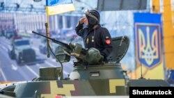 Останніми роками в Києві з нагоди Дня Незалежності в центрі Києва проводили військові паради