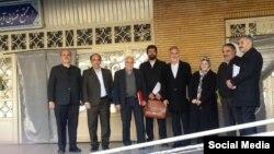 محسن صفایی فراهانی، محمد نعیمیپور ، آذر منصوری، محمدرضاخاتمی، حسین کاشفی(نفر ششم از سمت راست)، علی شکوریراد، حمیدرضا جلاییپور