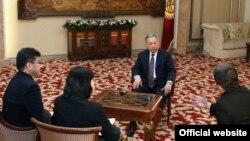 Президент К. Бакиев март айынын башында Би-Би-Си дүйнөлүк кызматына интервью берди.
