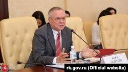 Зустріч кримських чиновників з почесним консулом Росії в Швейцарії Карлом Екштайном