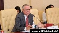 Встреча крымских чиновников с почетным консулом России в Швейцарии Карлом Экштайном