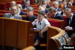 Савченко у сесійній залі Верховної Ради