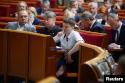 Надежда Савченко на заседании Рады