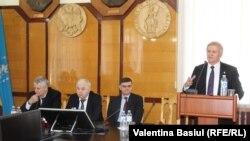 Cum e văzut Centenarul Unirii de academicienii moldoveni?