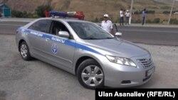 Автомобиль милиции в Бишкеке.