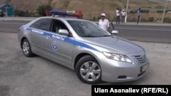 Дорожный патруль в Бишкеке. Иллюстративное фото.