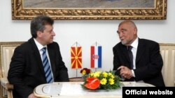 Македонскиот и хрватскиот претседател, Ѓорге Иванов и Стипе Месиќ