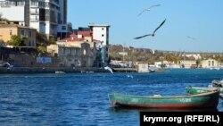 Стоянка рыбацких лодок в Балаклавской бухте