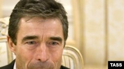 NATO Secretary-General Anders Fogh Rasmussen has welcomed Afghan President Hamid Karzai's nominations for a new Afghan cabinet.
