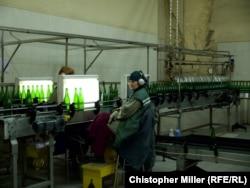 З 2014 року виноробня Artwinery стала випускати щонайменше на 7 мільйонів менше пляшок на рік, каже її гендиректор
