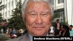 Тарихшы ғалым Қадыржан Әбуев. Астана, 31 мамыр 2012 жыл.