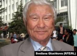 Кадыржан Абуев, доктор исторических наук, профессор.