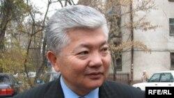 Аликбек Жекшенкулов.