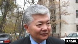 Аликбек Ҷекшенбеков