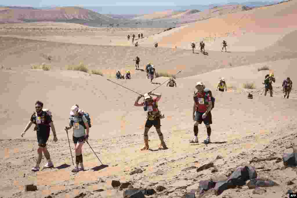 Мужчины и женщины участвуют в одном забеге. Но их результаты засчитывают по отдельности.