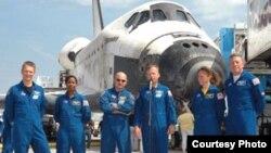17 июля шаттл Discovery успешно приземлился во Флориде - откуда и взял старт