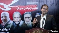 احسان قاضیزاده هاشمی، نماینده مجلس، در مراسم تقدیر عوامل سریال «گاندو»، تیر ۱۳۹۸