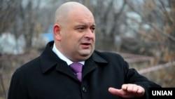 Микола Злочевський від червня 2010 року до квітня 2012 року був міністром охорони навколишнього природного середовища України