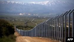 موانع جدید مرزی که اسرائیل در مرز بلندیهای جولان با سوریه برپا کردهاست.