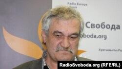 Василий Шкляр, украинский писатель.