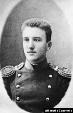 Aleksandr Kuprin gənc zabit olarkən.
