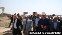 وزير الكهرباء عبد الكريم عفتان يتفقد مشروعاً لمحطة توليد في الكوت