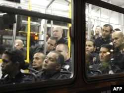 """Los Ancelesdə saxlanan """"Occupy Los Angeles"""" fəalları, 29 noyabr , 2011"""